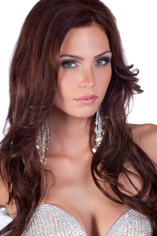 La pulpeuse Miss Suède