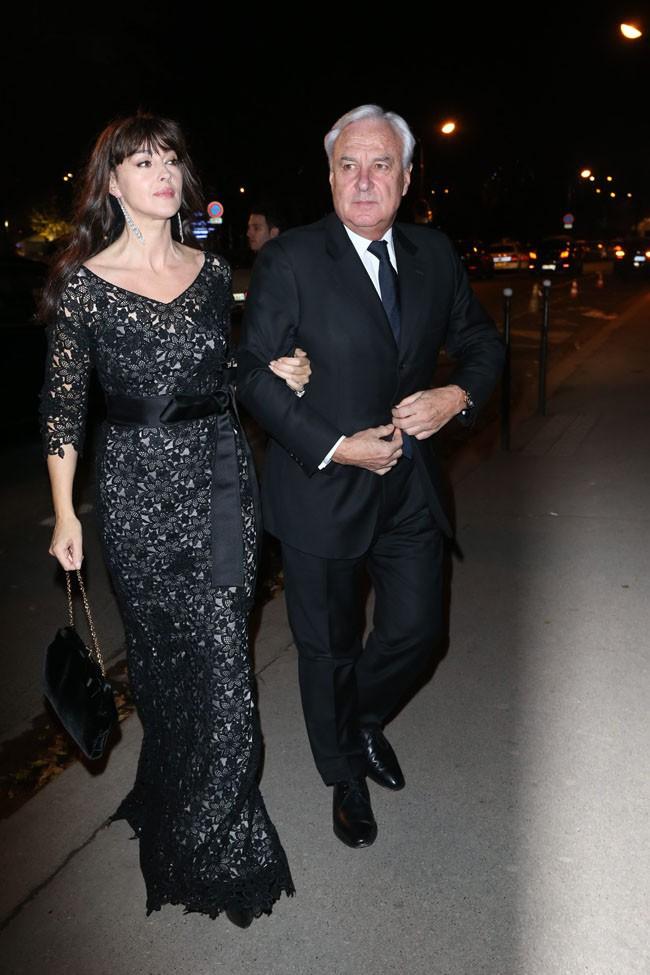 """Monica Bellucci à l'inauguration de l'exposition """"Cartier : Le Style et L'histoire"""" au Grand Palais de Paris le 2 décembre 2013"""