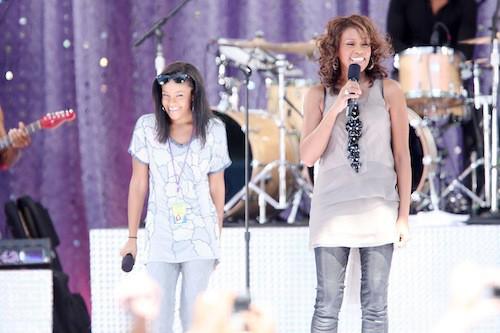Bobbi Kristina sur scène avec Whitney Houston... depuis toujours. Ici en 2002