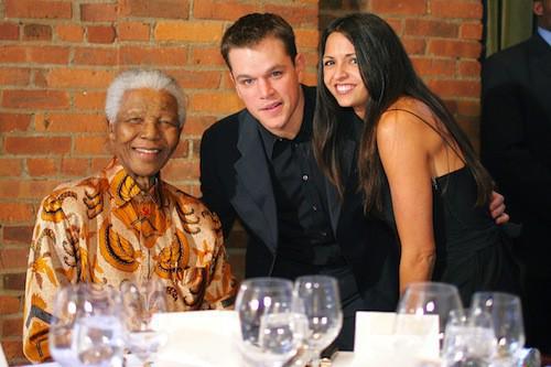 http://cdn1-public.ladmedia.fr/var/public/storage/images/news/photos/photos-mort-de-nelson-mandela-lady-di-michael-jackson-les-spice-girls-leonardo-dicaprio-ils-l-ont-tous-rencontre-475321/nelson-mandela-et-matt-damon-475326/5761114-1-fre-FR/Nelson-Mandela-et-Matt-Damon_portrait_w674.jpg