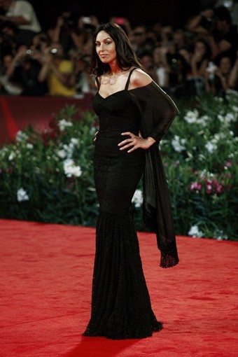 Monica Bellucci, sexy en mamma italienne !