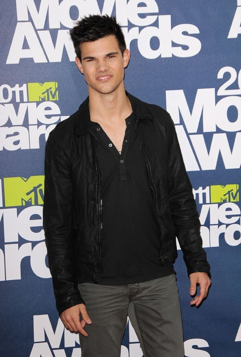 Taylor Lautner lors des MTV Movie Awards 2011, le 5 juin 2011 à Universal City.