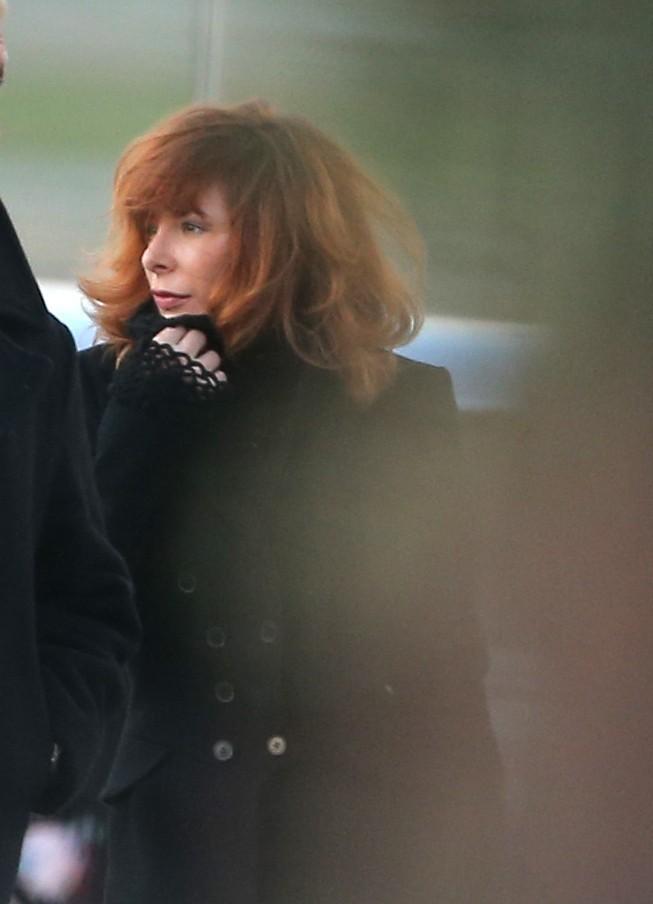 Mylène Farmer à l'aéroport de Cannes Mandelieu le 25 janvier 2013