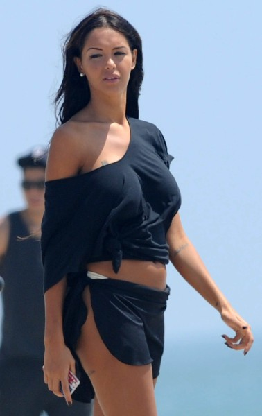 "Nabilla Benattia sur le tournage de ""Hollywood Girls 3"" à Los Angeles, le 14 août 2013."