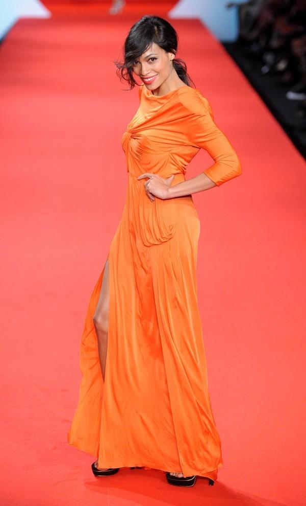 Rosario Dawson, sublime et généreuse !