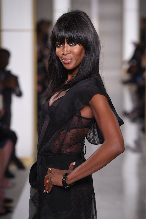 Photos : Naomi Campbell : so hot pour le premier show Haute Couture La Perla !