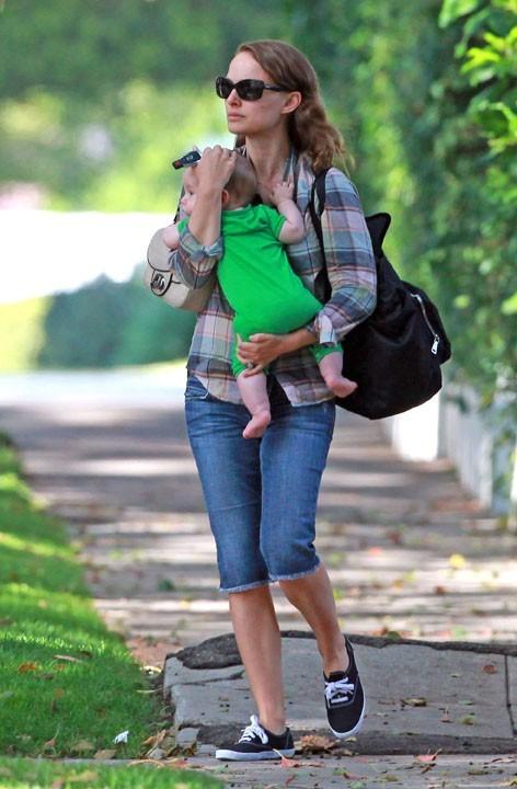 Sereine avec bébé