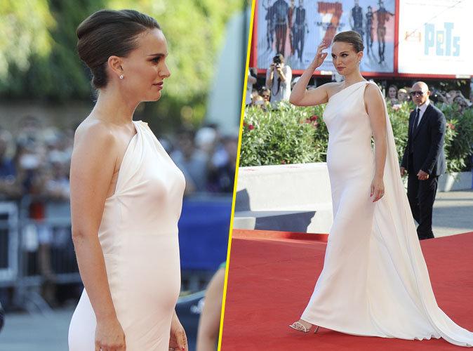 """Photos : Natalie Portman toute vêtue de blanc à l'avant-première du film """"Planetarium"""", elle confirme la rumeur !"""