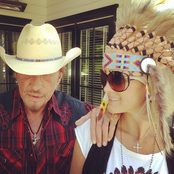 Johnny et Laeticia, Cow-Boy et Squaw