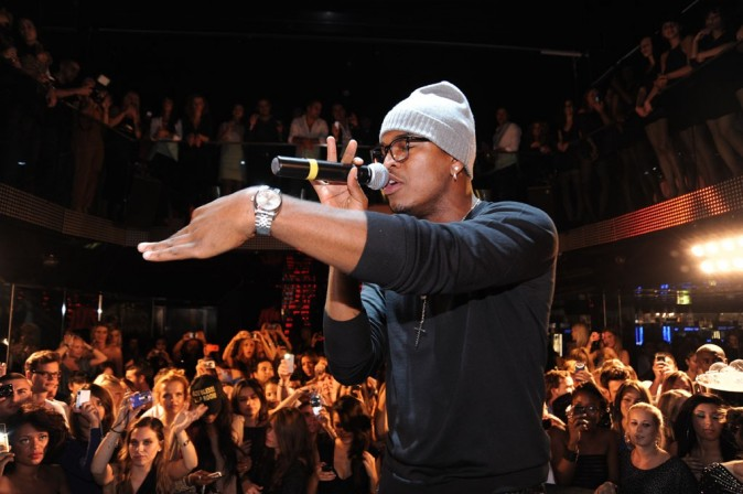 Ne-Yo en showcase au VIP Room Theater à Paris, le 7 octobre 2011.