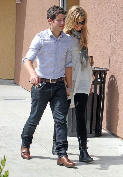 Ca change de Miley Cyrus et Selena Gomez !
