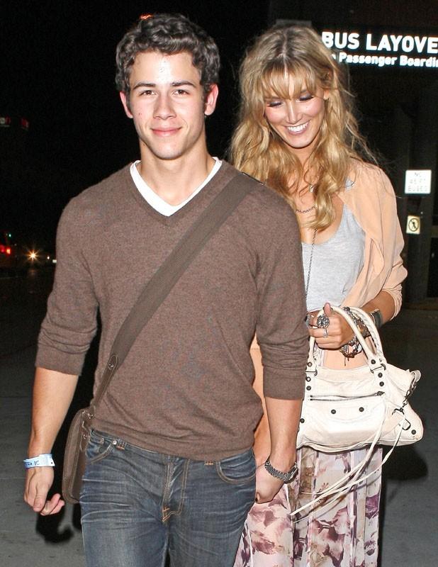 Nick et Delta à la sortie du concert d'Adele hier soir ...