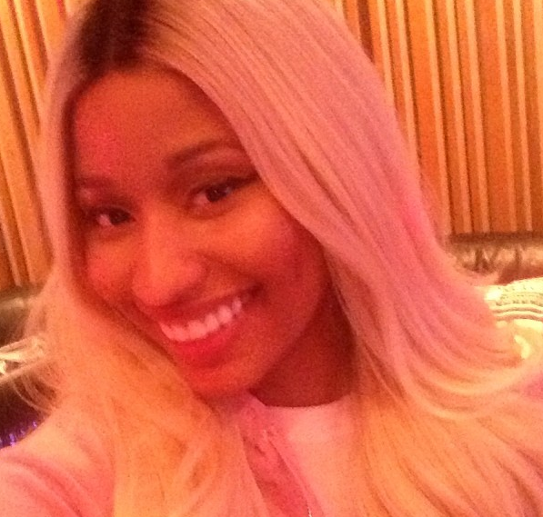 Photos : Nicki Minaj : mais à quoi joue-t-elle ?