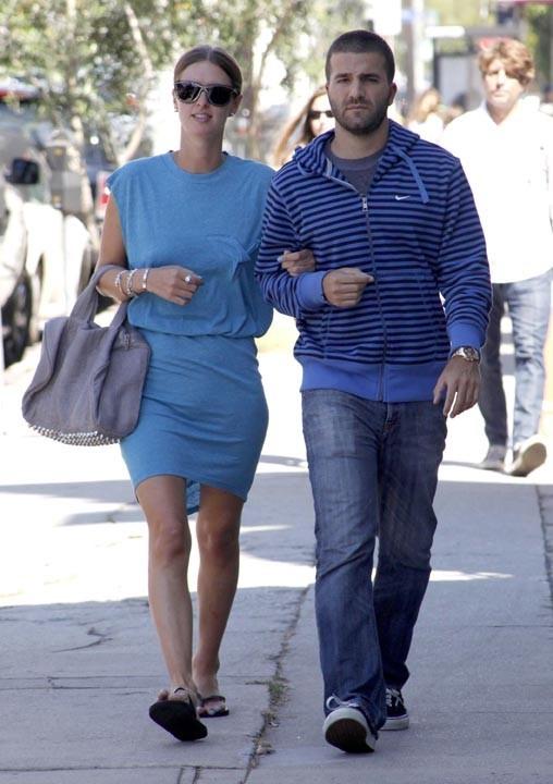 Nicky Hilton et David Katzenberg sont allés déjeuner chez Joans On Third à West Hollywood, le 2 août 2010.