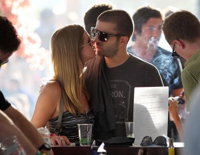 Nicky Hilton et David Katzenberg ultra amoureux lors du Festival de Coachella en Califronie, le 15 avril 2011.