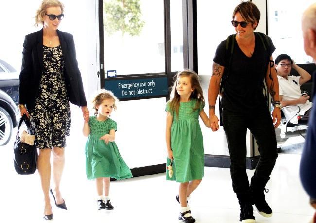 Nicole Kidman et sa famille à l'aéroport de Sydney, le 02 janvier 2014