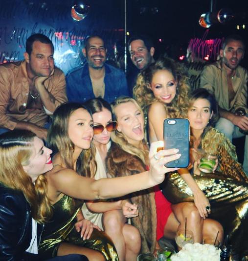 Nicole Richie s'éclate pour ses 35 ans avec Jessica Alba et Kate Hudson !