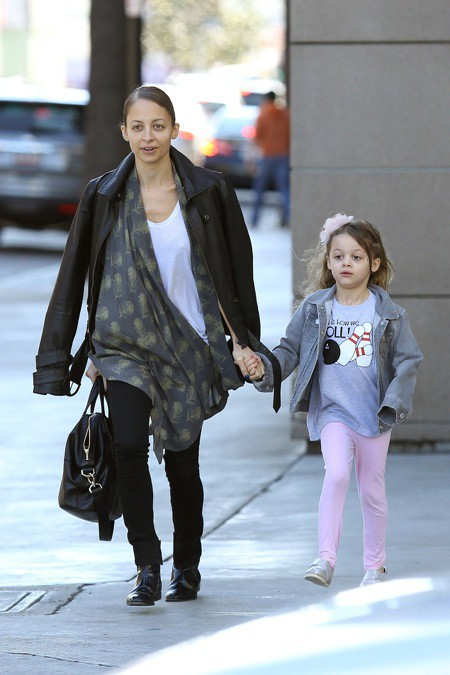 Photos : Nicole Richie : sortie décontractée avec sa petite Harlow !