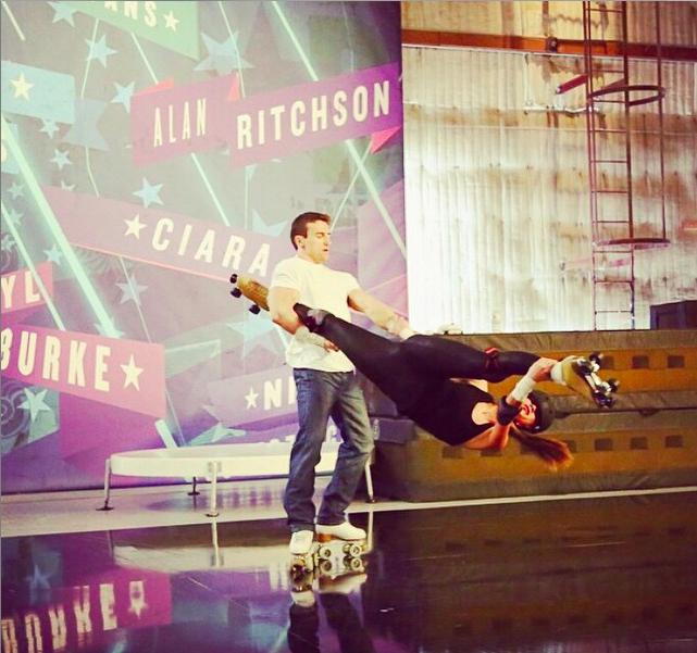 Nicole Scherzinger : Elle chute lourdement en pleine émission !
