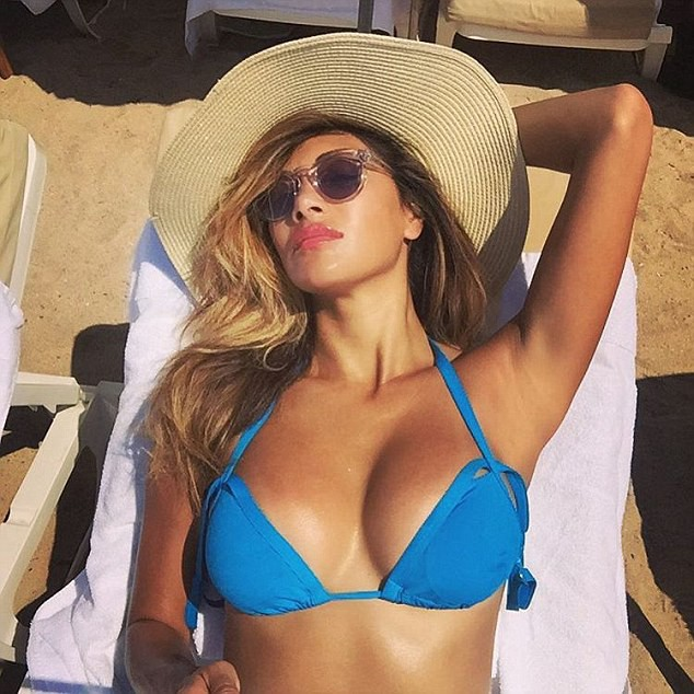 Photos : Nicole Scherzinger : son break sexy à Cannes !
