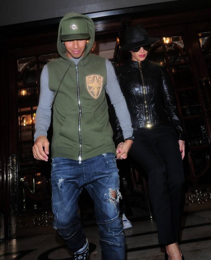 Nicole Scherzinger et Lewis Hamilton à Londres le 9 décembre 2014