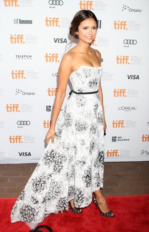 Nina Dobrev à Toronto le 8 septembre 2012