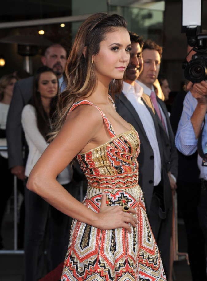 Photos : Nina Dobrev : une single lady sublime en Zuhair Murad sur red carpet !
