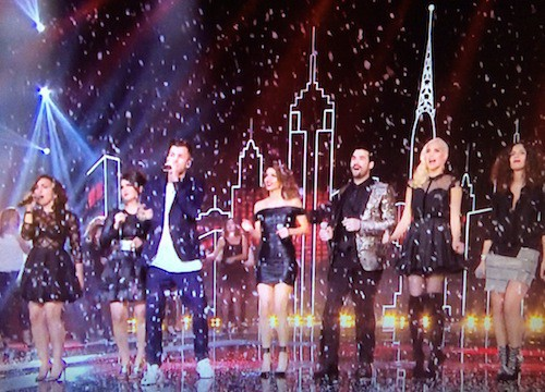 David Carreira, Tal, Joyce Jonathan, Elisa Tovati reprennent All I Want For Christmas de Mariah Carey
