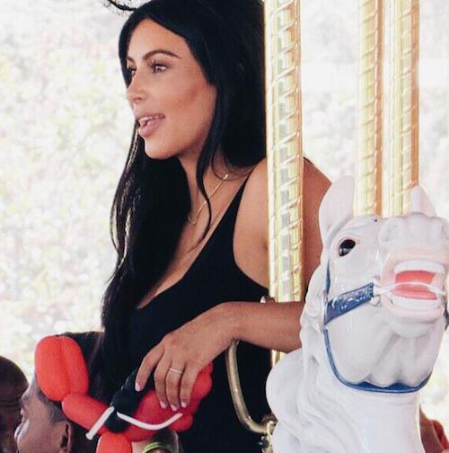 Kim Kardashian fête les deux ans de sa fille North à Disney, le 15 juin 2015
