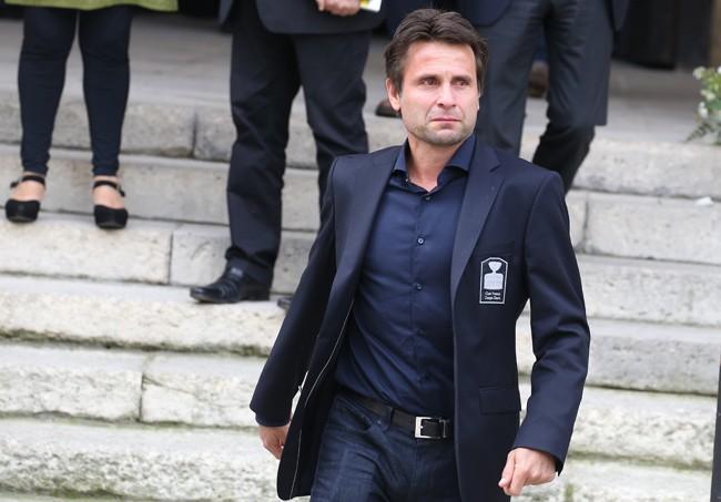 Obsèques de Patrice Dominguez : sportifs, personnalités du PAF et politiques réunis pour soutenir Cendrine Dominguez...