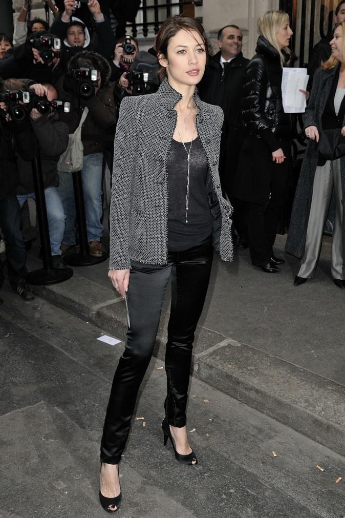 Olga Kurylenko au défilé printemps/été Chanel !