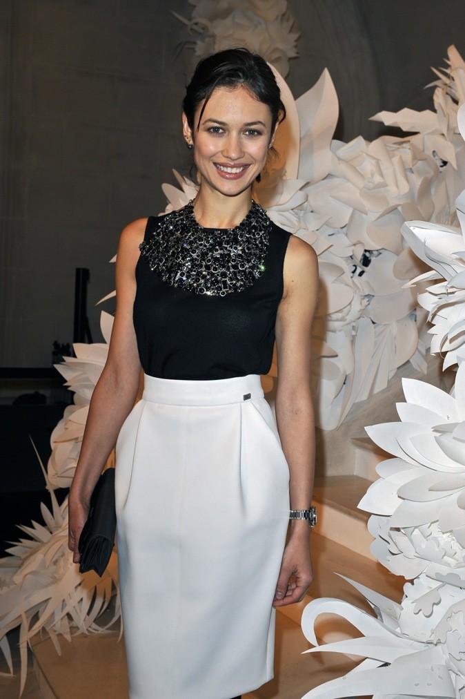 Olga Kurylenko au défile printemps/ été de Chanel en 2009 !