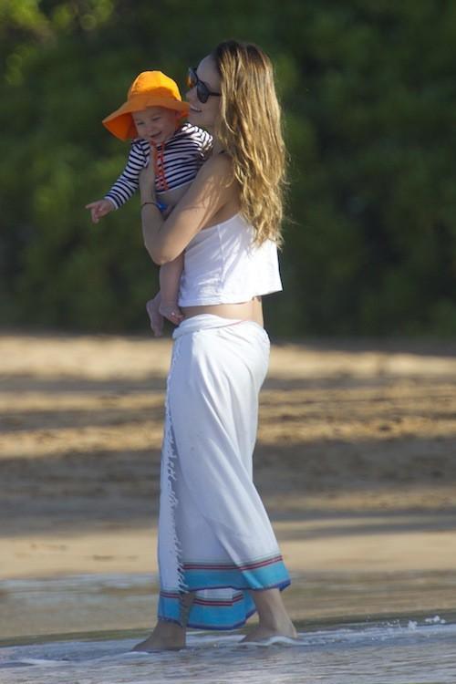 Photos : Olivia Wilde : elle la joue hot mama pour les premières vacances de son bébé !