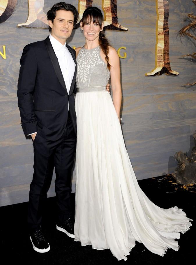 """Orlando Bloom et Evangeline Lilly lors de la première de """"The Hobbit : La Désolation de Smaug"""" à Hollywood, le 2 décembre 2013."""