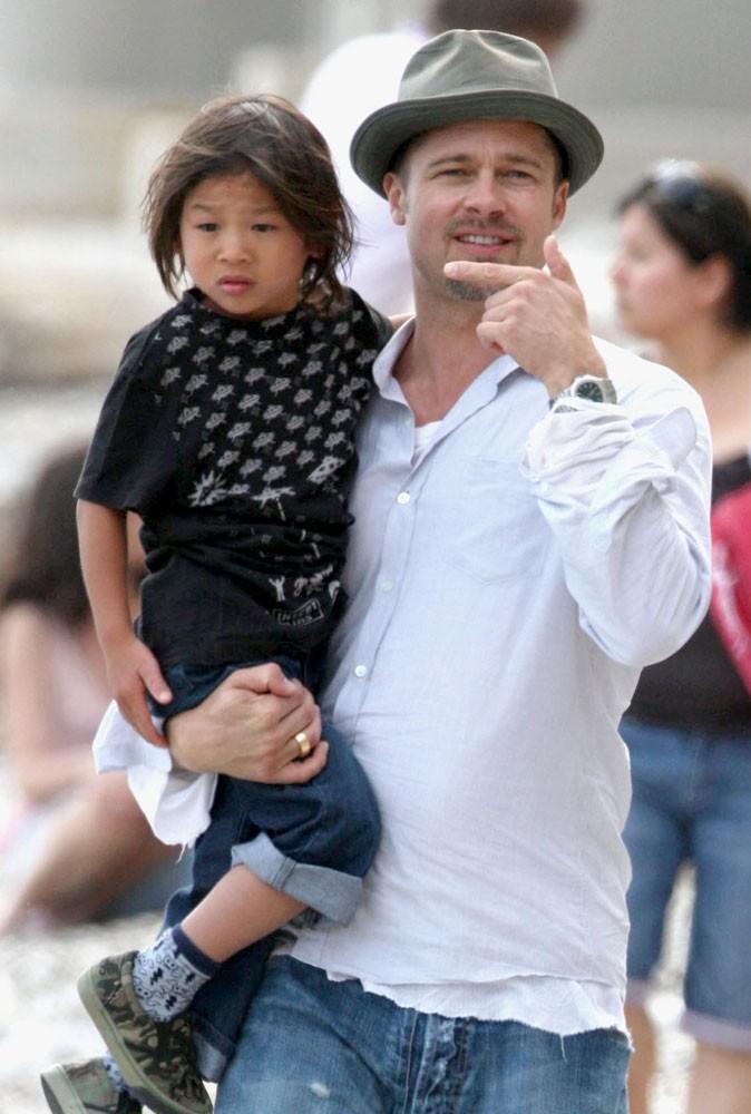 Brad Pitt, père de famille nombreuse !