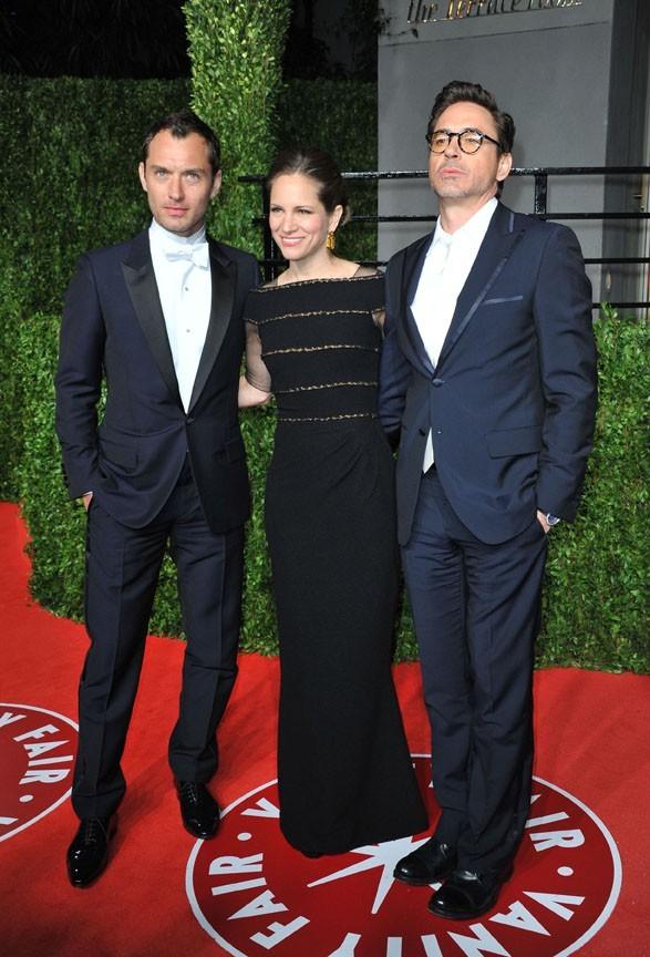 Heureusement, Jude Law peut compter sur ses potes, comme Robert Downey Jr !