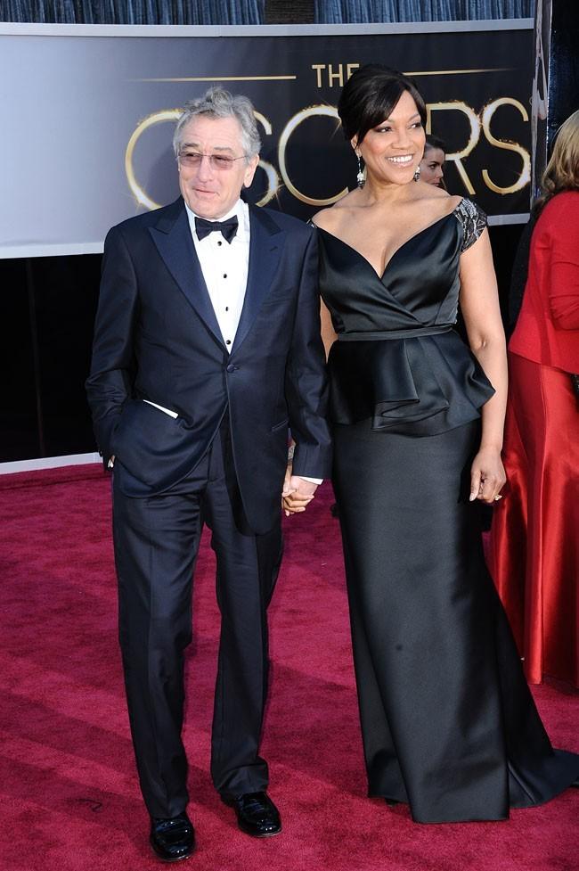 Robert De Niro et sa femme Grace sur le tapis rouge des Oscars à Los Angeles le 24 février 2013