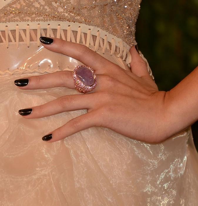 Selena Gomez à la soirée Vanity Fair à West Hollywood le 24 février 2013