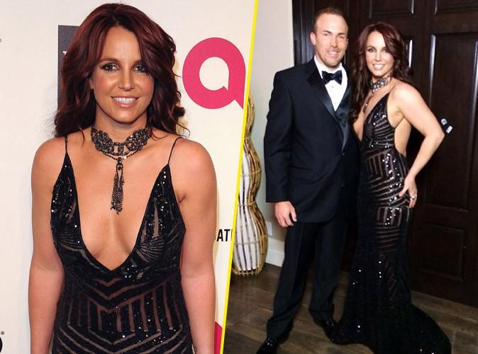 Oscars 2014 : Britney Spears : en robe ultra-décolletée pour s'afficher au bras de son homme à l'after-party d'Elton John !