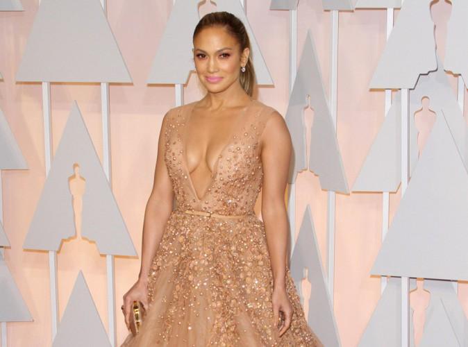 Oscars 2015 : Jennifer Lopez : la princesse de la c�r�monie, c'�tait elle !