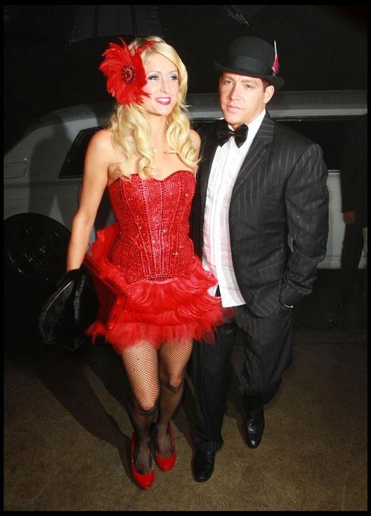 Paris Hilton et Cy Waits lors de la soirée pré-anniversaire de l'héritière, le 15 février à Hollywood.