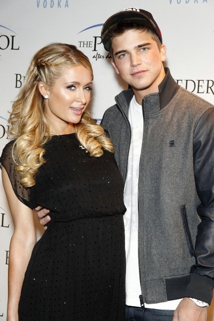 Paris Hilton et River Viiperi le 4 mai 2013 à Atlantic City