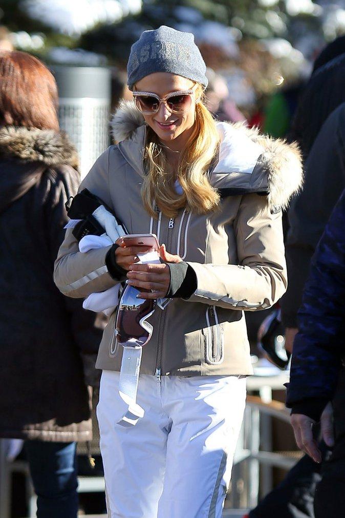 Photos : Paris Hilton : Même au ski, elle fait sa belle !