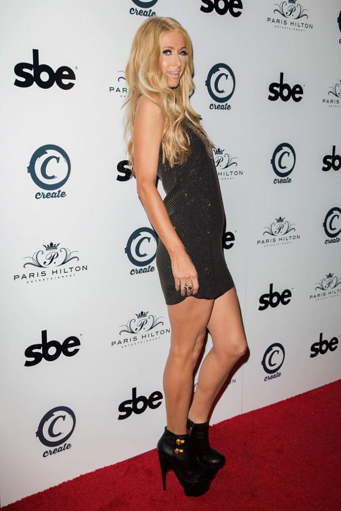 """Paris Hilton lors de la soirée de lancement de son nouveau single """"Good Time"""" à Hollywood, le 8 octobre 2013."""