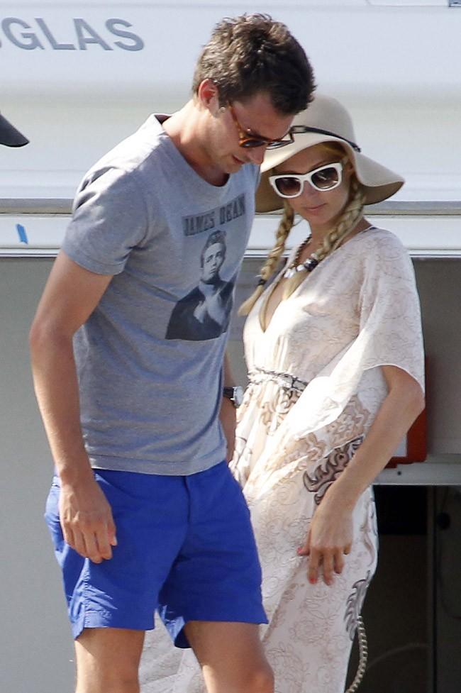 Paris Hilton et Frederick le 7 août 2012 en Corse