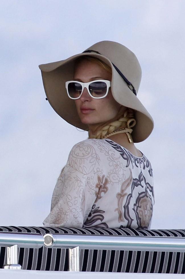 Paris Hilton le 7 août 2012 en Corse