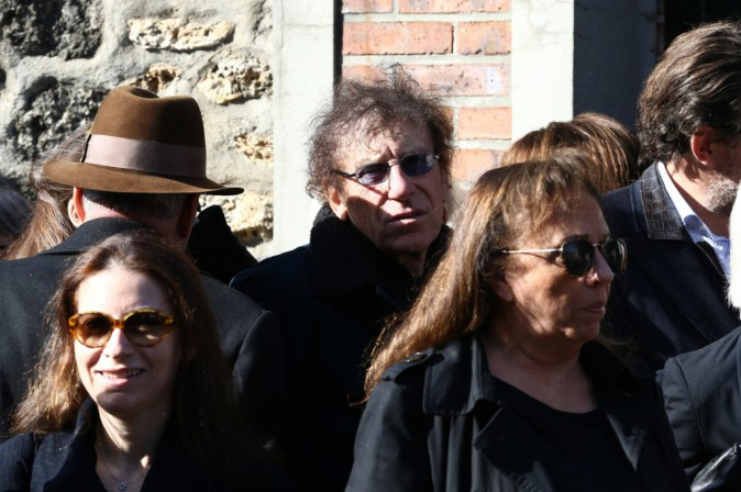 Patrick Bruel, Dave, Daniel Auteuil… Tous présents aux obsèques de Guy Béart