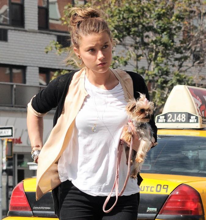 Amber Heard : Complètement nœud-nœud !