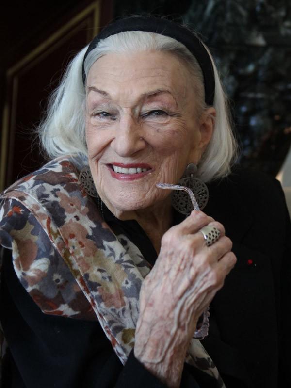 Hélène Duc (97 ans)