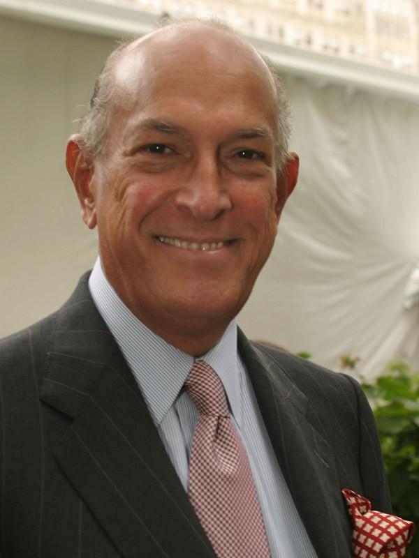 Oscar de la Renta (82 ans)